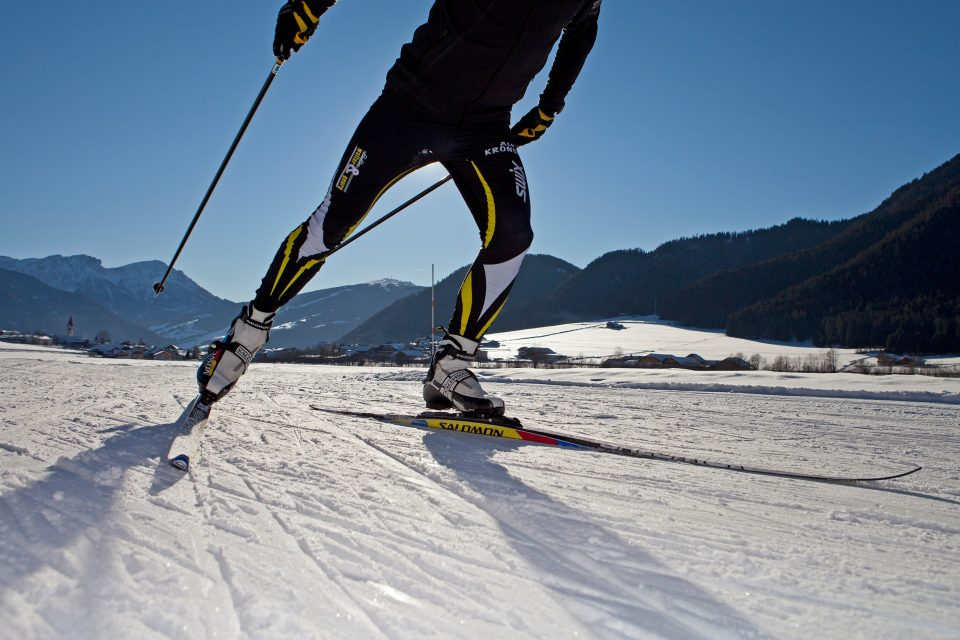 Cross country skiing in the Antholzertal valley